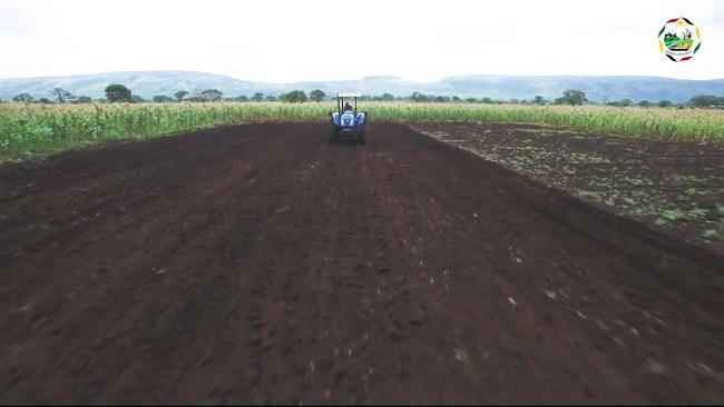 Mecanização impulsiona desenvolvimento nas zonas rurais
